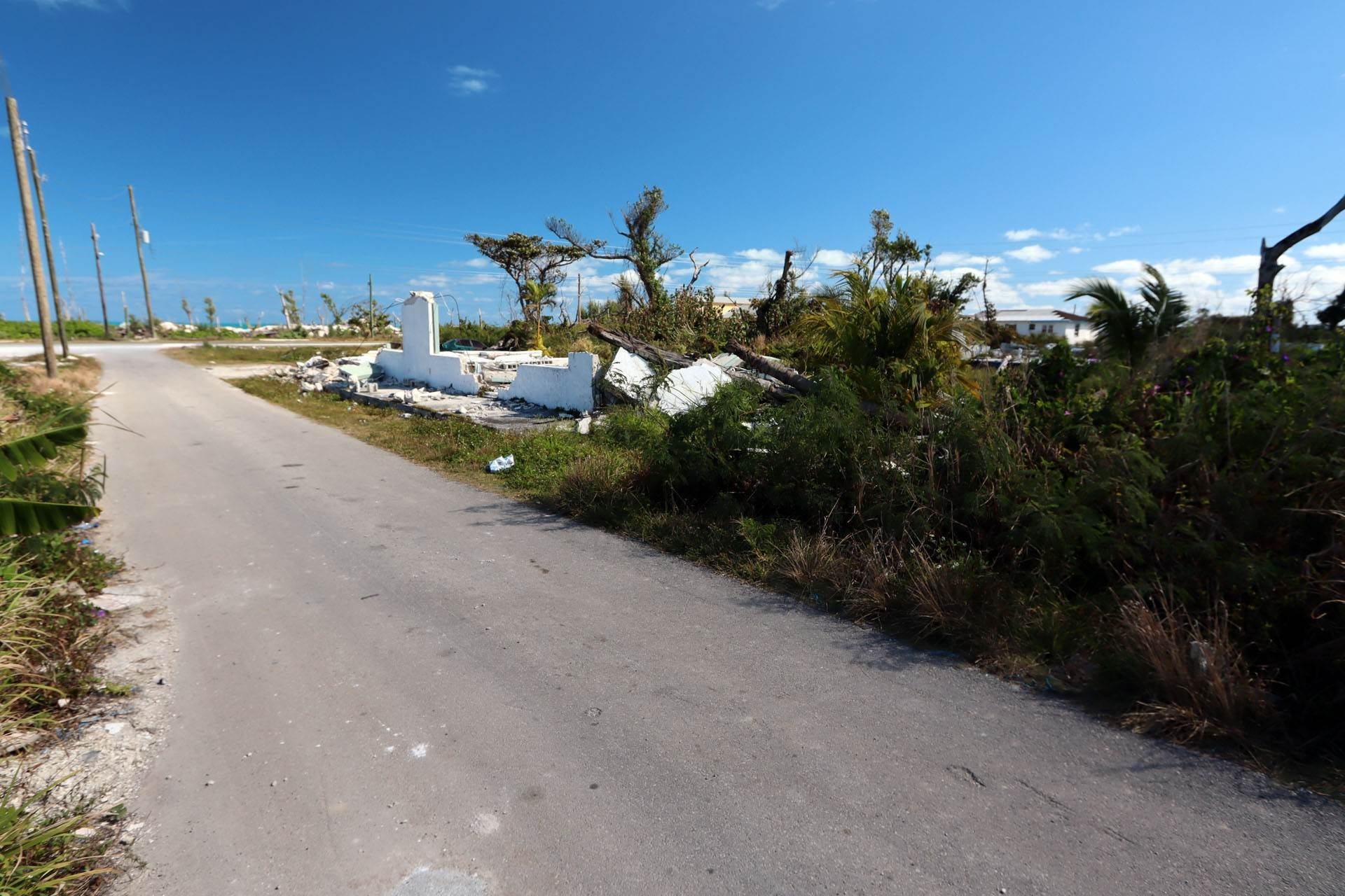 2. Terreno por un Venta en Dundas Town Road Lot for Mixed Commercial & Residential - MLS 43321 Dundas Town, Abaco, Bahamas