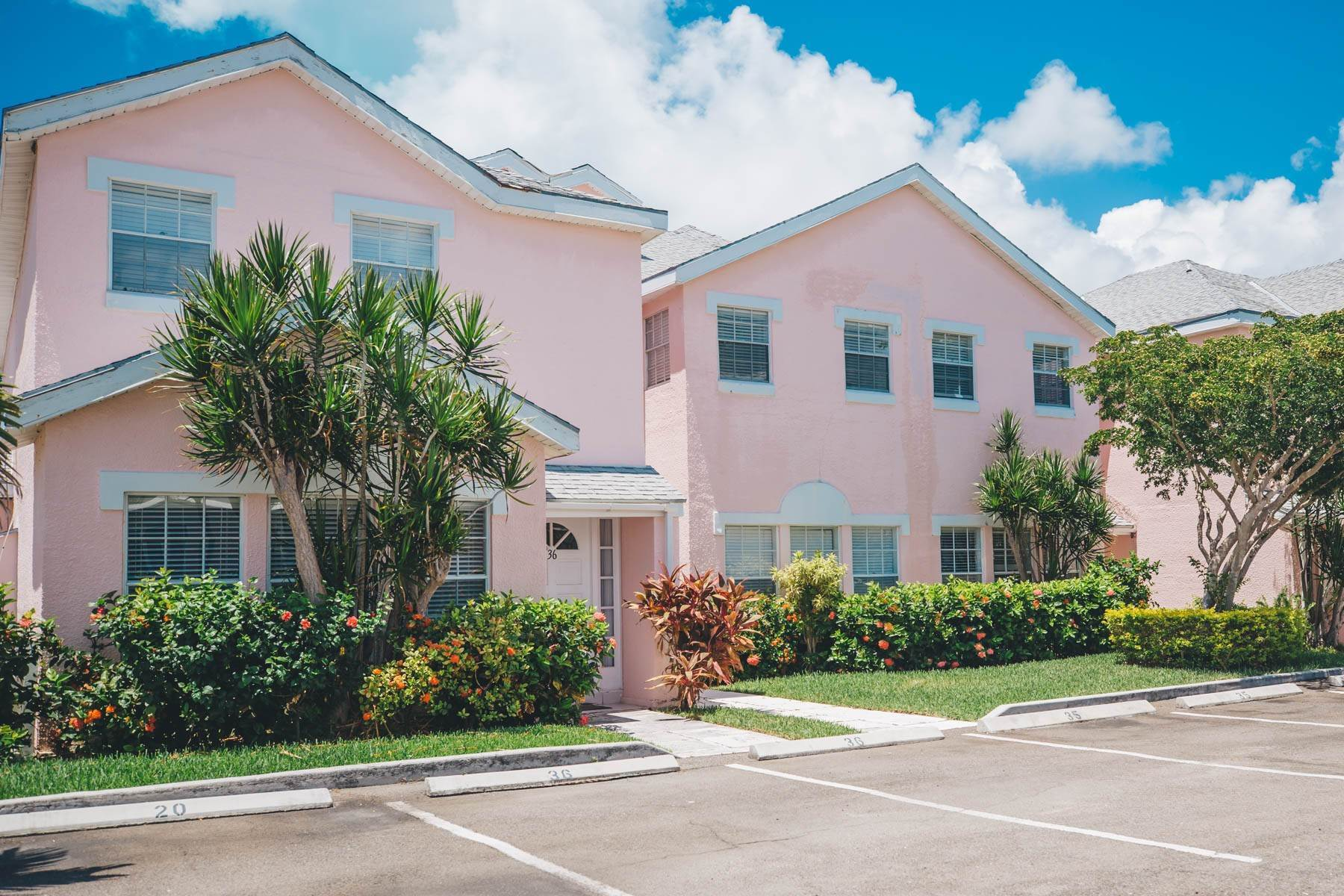 2. Co-op / Condo for Rent at #32 Seapointe, Exclusive Condo in Port New Providence - MLS 42138 St Andrews Beach, Yamacraw, Nassau And Paradise Island Bahamas