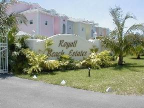 2. Co-op / Condominio por un Venta en Private Beachfront Gated Community Nueva Providencia / Nassau, Bahamas