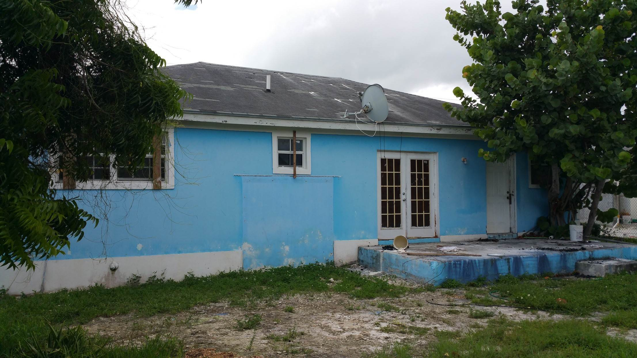 5. Single Family Homes for Sale at One of A Kind Residential Family Home in Faith Gardens Faith Gardens, Nassau And Paradise Island, Bahamas