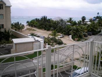 2. Co-op / Condo for Sale at Luxurious Condo With Ocean Views Love Beach, Nassau And Paradise Island, Bahamas