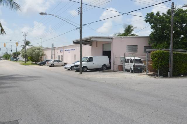 2. Commercial for Sale at Centrally located commercial property Chesapeake, Freeport And Grand Bahama, Bahamas