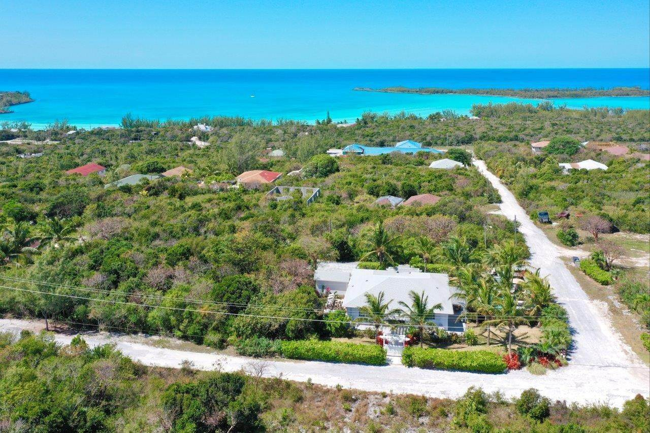 23. Single Family Homes for Sale at Fabulous Coastal Living Home in Governor's Harbour - MLS 44509 Governors Harbour, Eleuthera, Bahamas