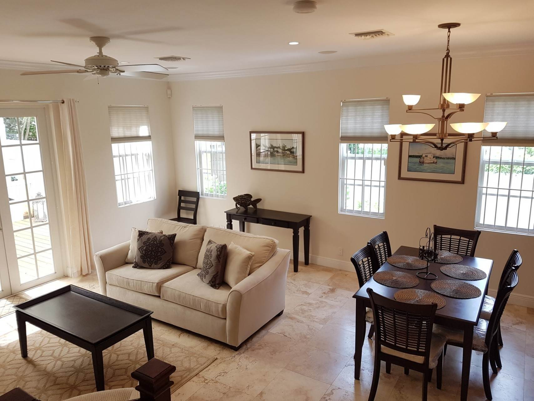 2. Co-op / Condo for Rent at Beautiful Balmoral Townhome Nassau And Paradise Island, Bahamas