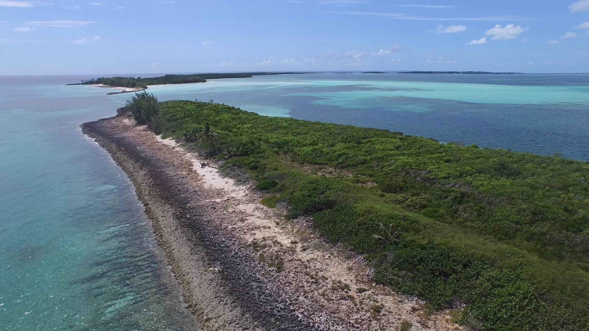 21. Private Islands for Sale at Pierre Island, A Perfect Private Retreat Island Near Harbour Island - MLS 40806 Harbour Island, Eleuthera, Bahamas
