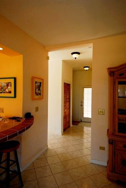 7. Single Family Homes for Rent at Cozy Cottage Eastern Road, Nassau And Paradise Island, Bahamas