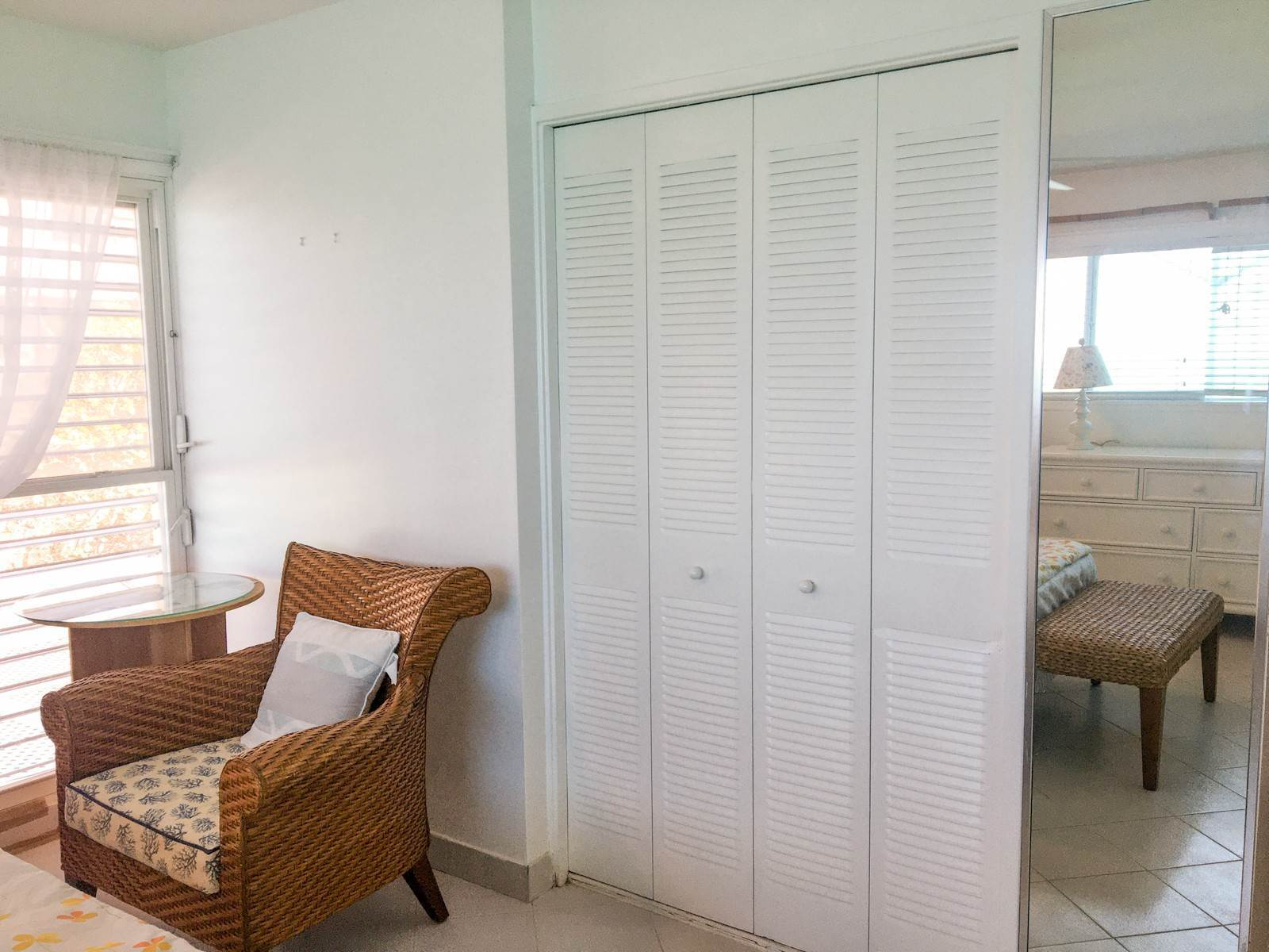 10. Co-op / Condo for Rent at Turnkey Contemporary Ocean View Condo in Conchrest Conchrest, Cable Beach, Nassau And Paradise Island Bahamas