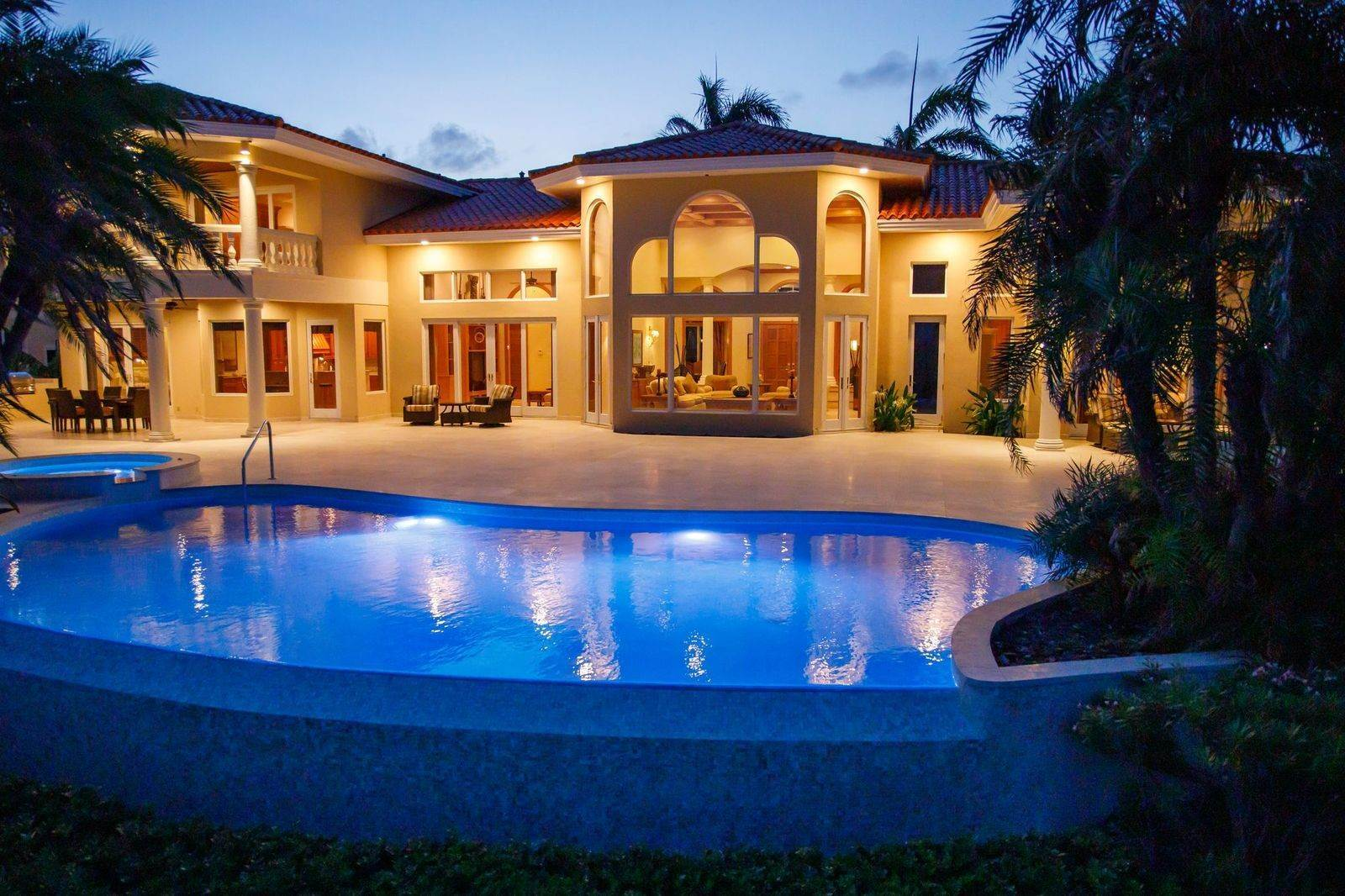 54. Single Family Homes for Sale at The Grand Estate at Fortune Cay - MLS 44053 Fortune Cay, Freeport and Grand Bahama, Bahamas