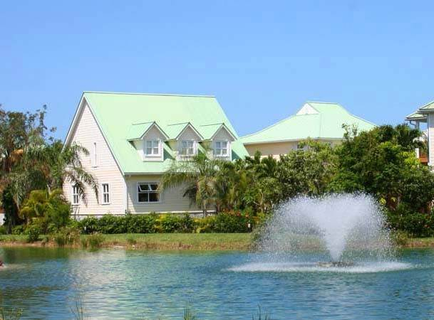 22. Single Family Homes por un Alquiler en Island Home in Shoreline, Fortune Beach, Lucaya Shoreline, Lucaya, Gran Bahama Freeport Bahamas