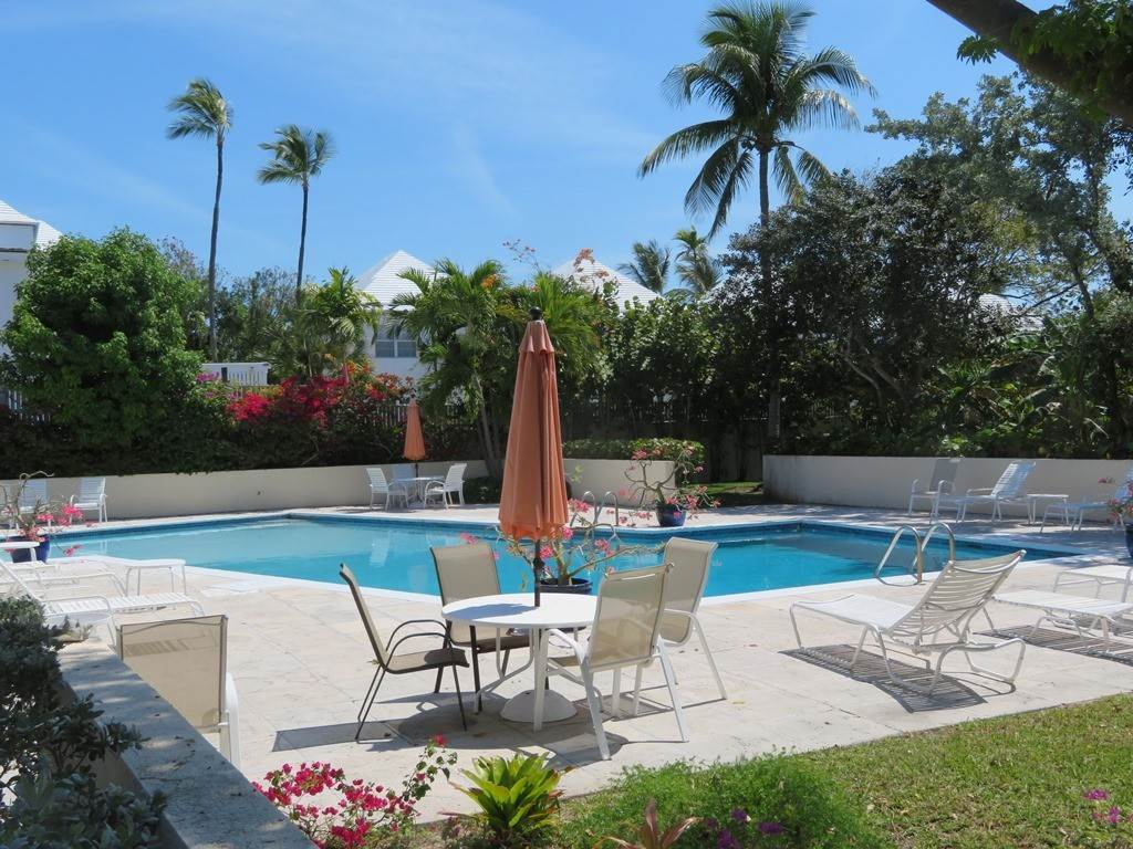 19. Co-op / Condo for Rent at Beachfront Corner unit Townhouse on Paradise Island Paradise Island, Nassau And Paradise Island, Bahamas