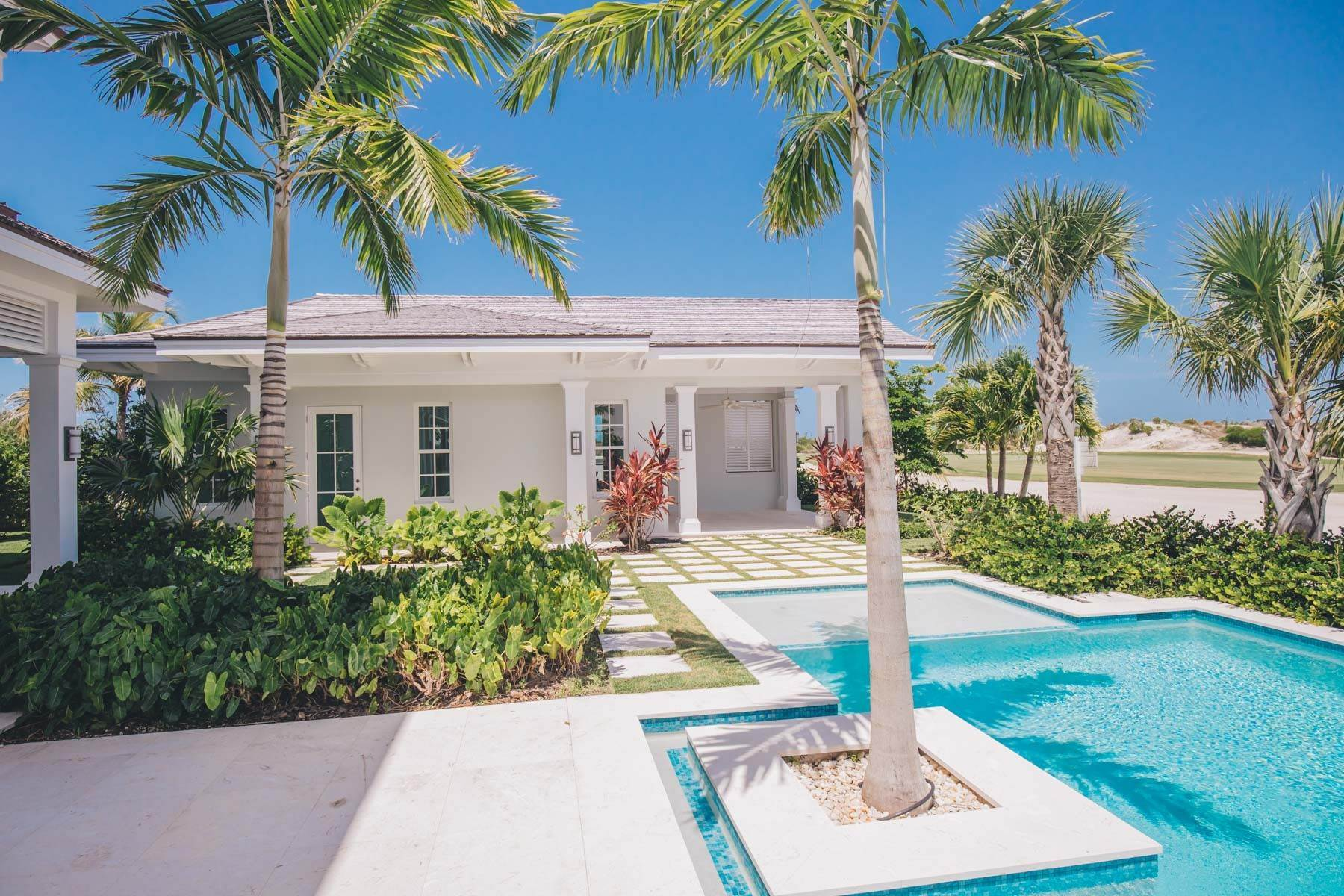 22. Single Family Homes for Sale at Immaculate Albany Golf Course Residence Albany, Nassau And Paradise Island, Bahamas