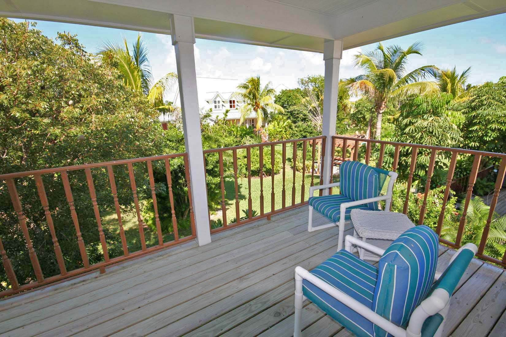 22. Single Family Homes for Rent at Island Style Home in Gated Beachfront Community of Shoreline. Shoreline, Lucaya, Freeport And Grand Bahama Bahamas