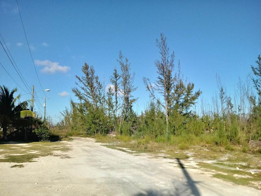 4. Commercial for Sale at 2.98 Acres on Sale - South Beach, Blue Hill Road South Beach Estates, Nassau And Paradise Island, Bahamas