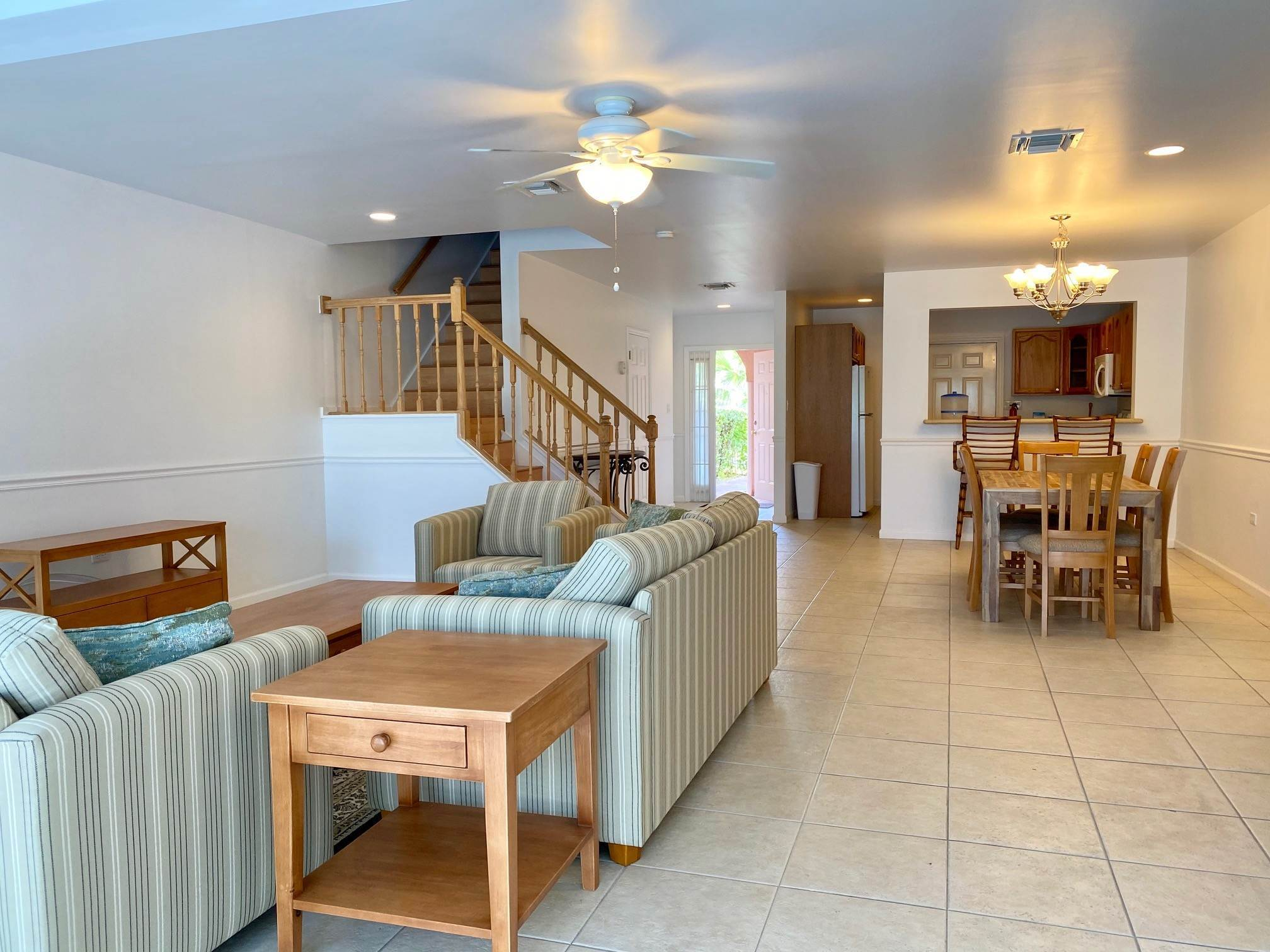 6. Co-op / Condo for Rent at Spacious 3 bedroom condo near town and Cable Beach - MLS 42947 Nautica, Nassau And Paradise Island, Bahamas