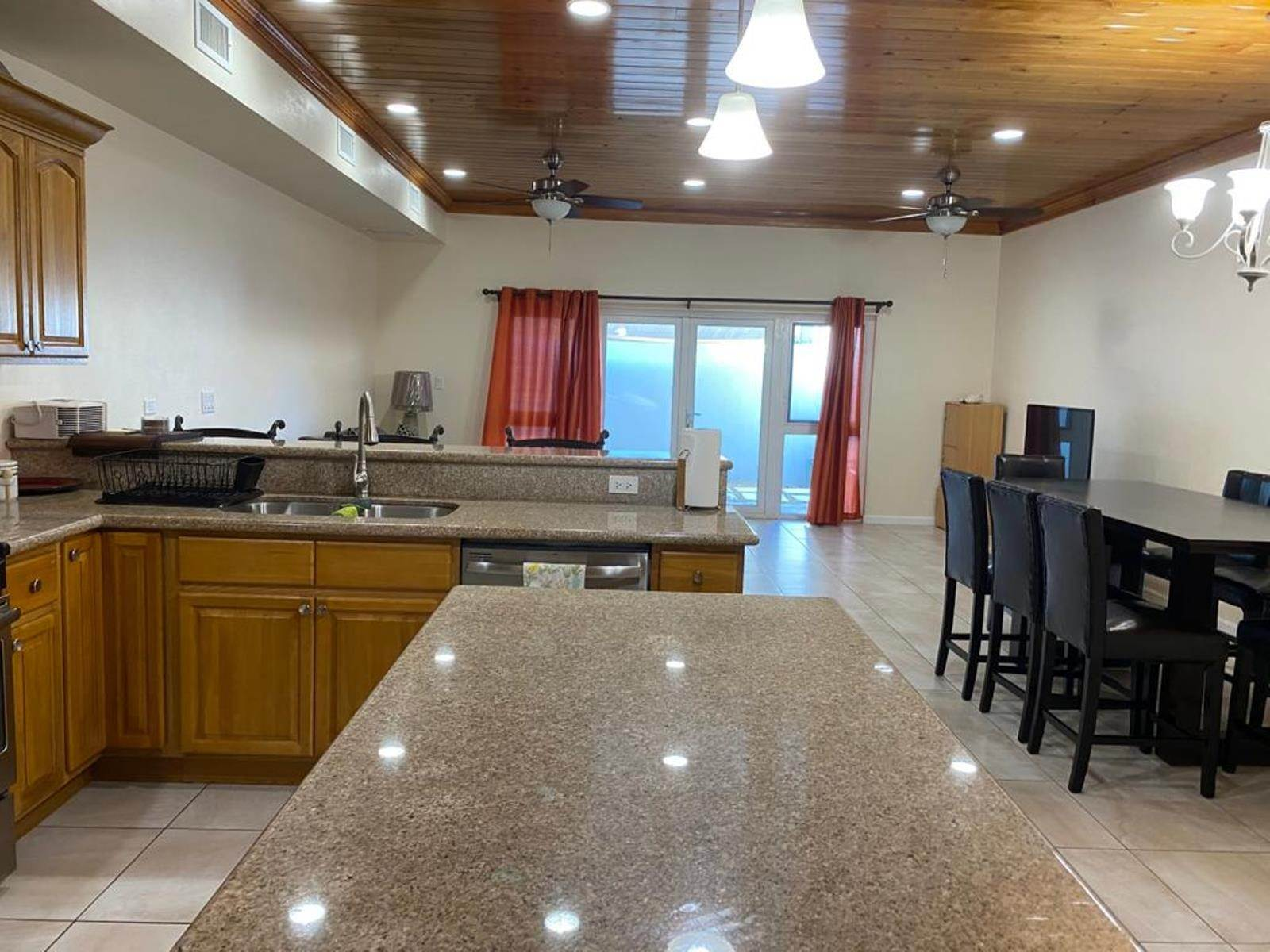 8. Co-op / Condo for Rent at Immaculate Townhouse in the heart of Cable Beach Cable Beach, Nassau And Paradise Island, Bahamas