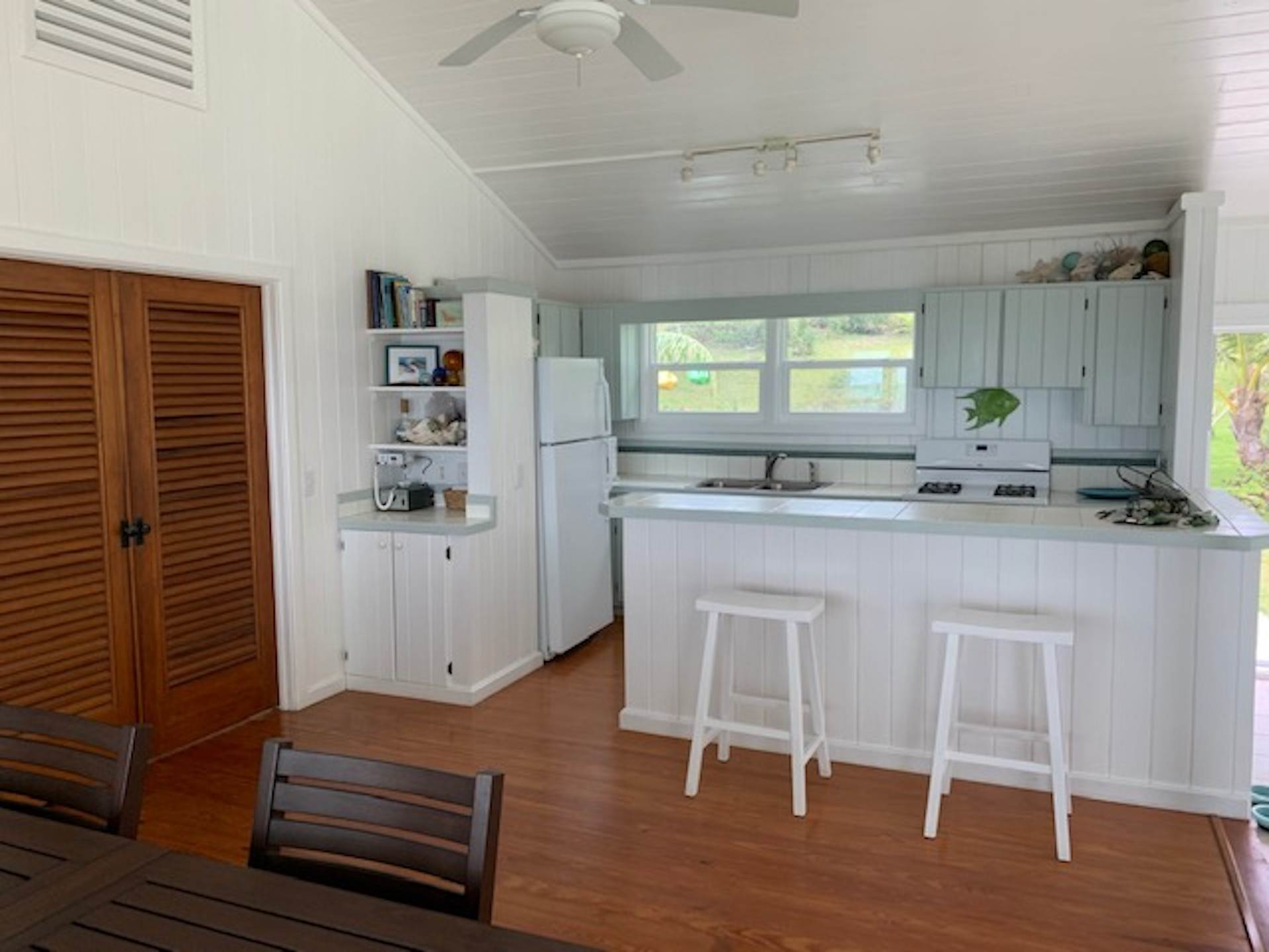 20. Single Family Homes for Sale at Sea to Sea - MLS 43964 Elbow Cay Hope Town, Abaco, Bahamas