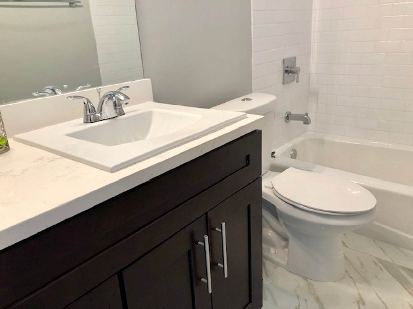 8. Co-op / Condo for Rent at Modern and renovated townhouse rental in Cable Beach Westridge Estates, Westridge, Nassau And Paradise Island Bahamas