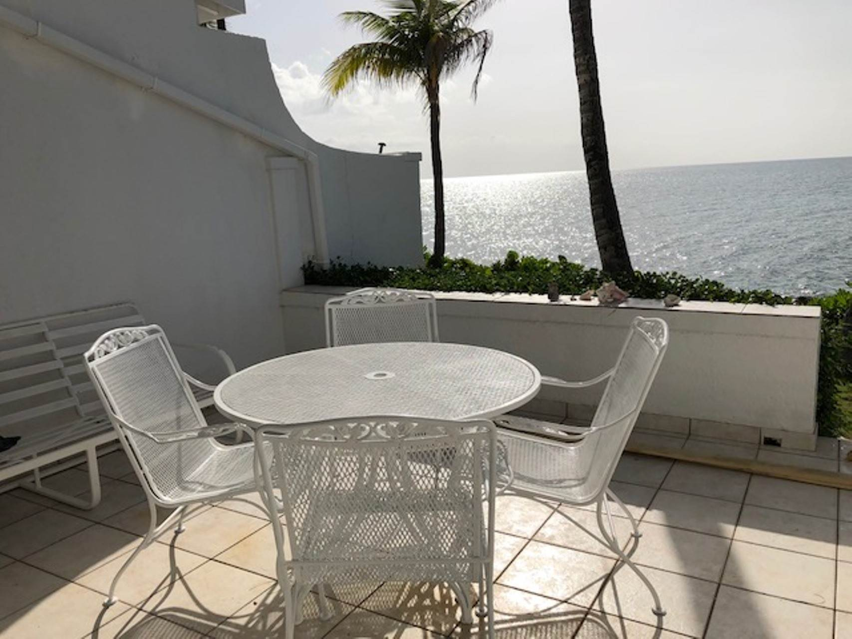 14. Co-op / Condo for Rent at Charming Delaporte Waterfront Townhouse Delaporte Point, Nassau And Paradise Island, Bahamas