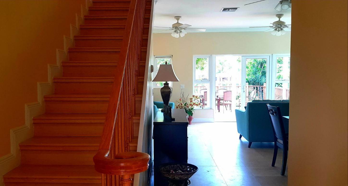 6. Co-op / Condo for Rent at Lovely home in Shoreline Fortune Beach, Freeport and Grand Bahama, Bahamas