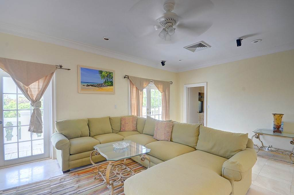 25. Single Family Homes for Sale at The Alexander Estate Eastern Road, Nassau And Paradise Island, Bahamas