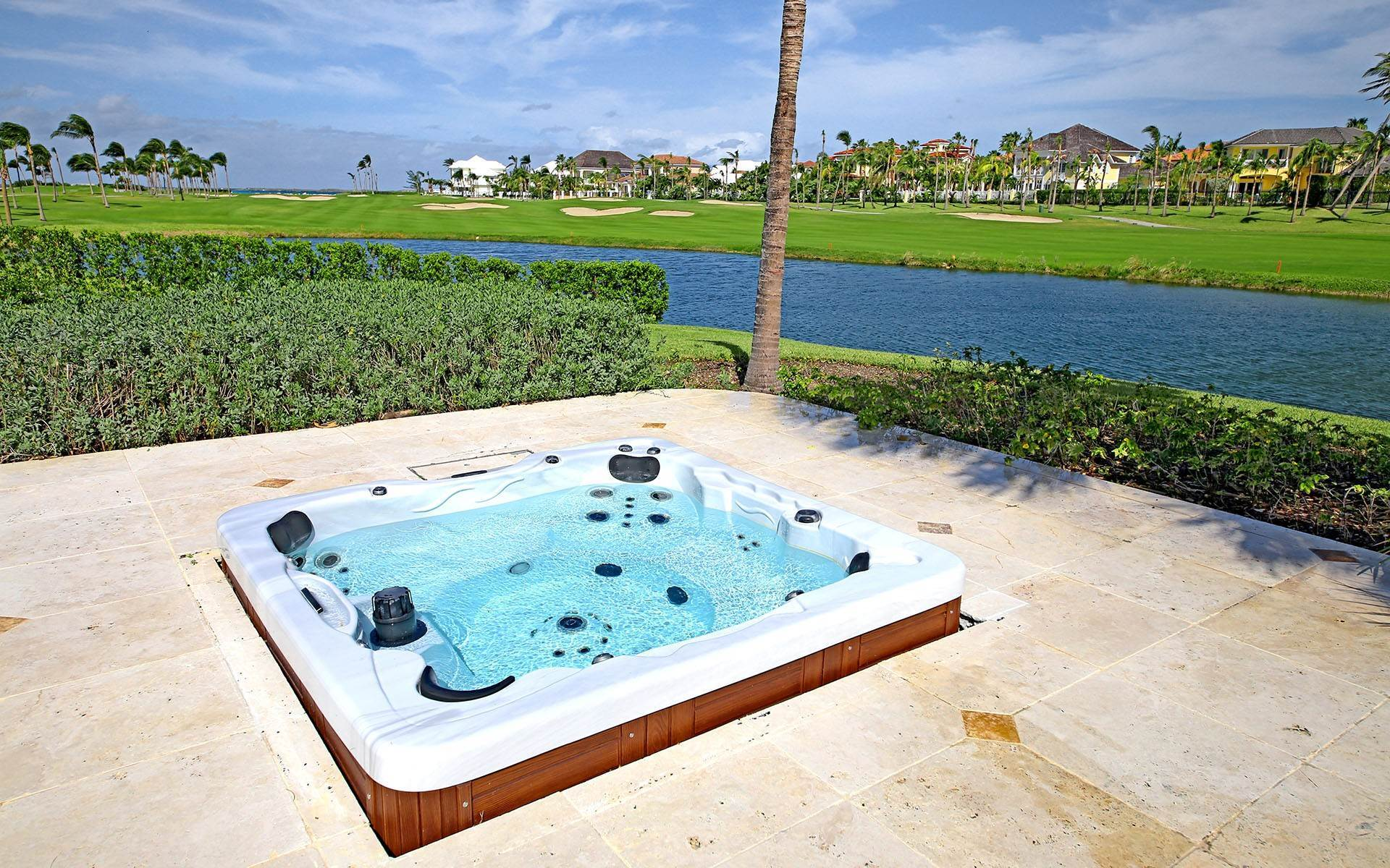 27. Single Family Homes for Rent at Ocean Club Estates home on large lot with Panoramic views Ocean Club Estates, Paradise Island, Nassau And Paradise Island Bahamas