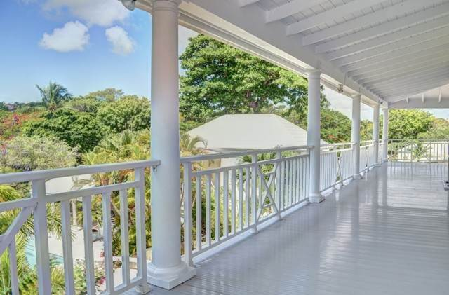 27. Single Family Homes for Sale at The Columns Eastern Road Eastern Road, Nassau And Paradise Island, Bahamas