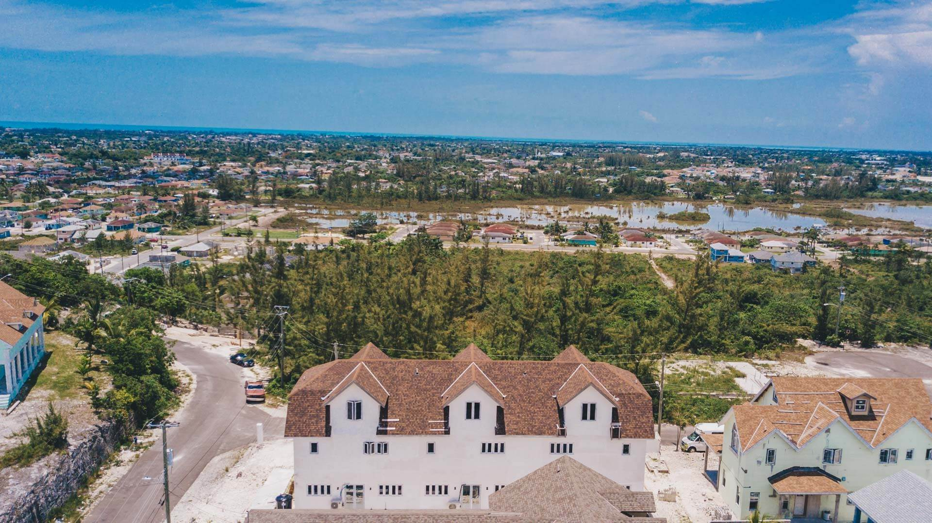 26. Multi Family for Sale at Newly Built 3 Unit, 9 Bedroom Ensuite Complex with Panoramic Views Harold Road, Nassau And Paradise Island, Bahamas