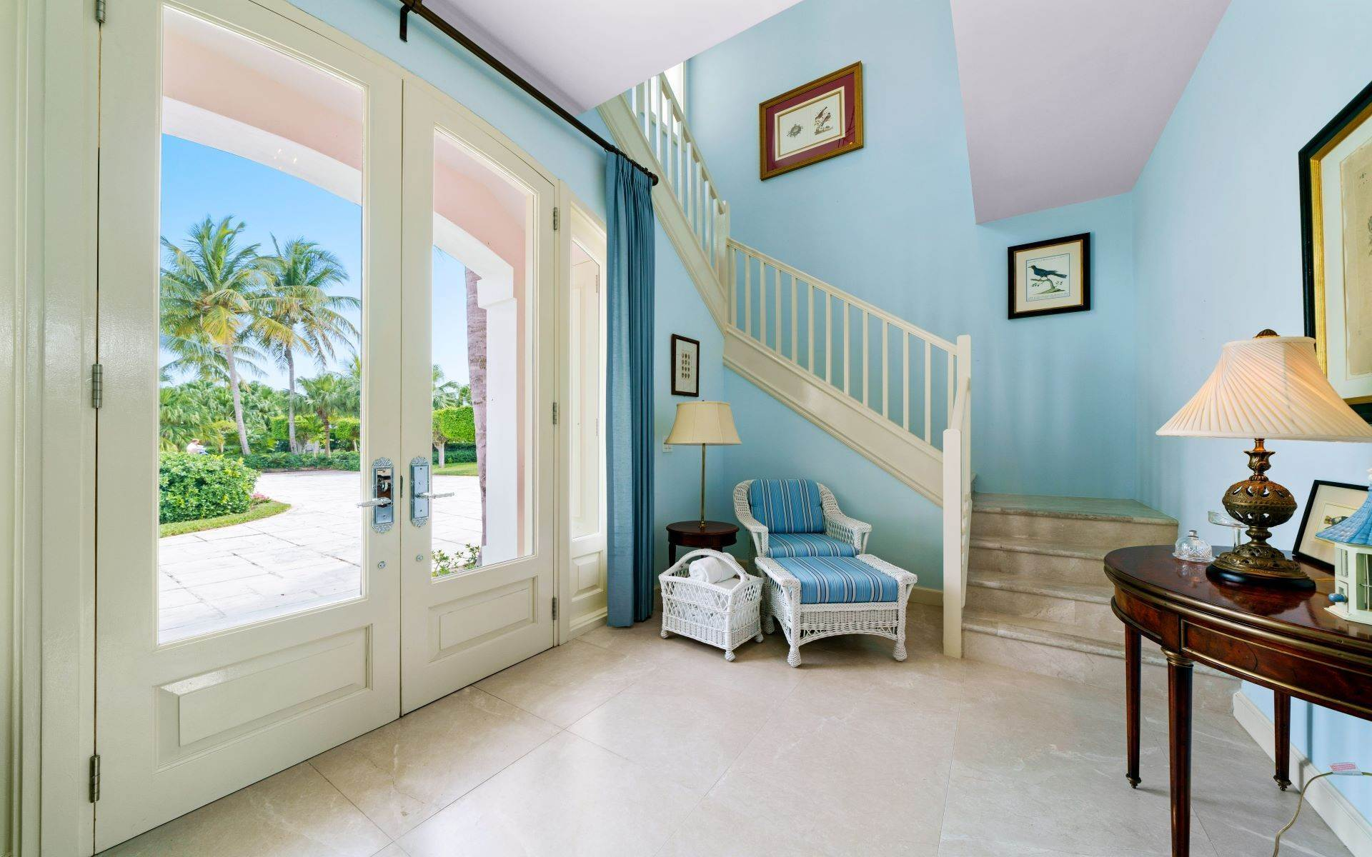 40. Single Family Homes for Sale at Luxurious Lyford Cay Canalfront Estate - MLS 40934 Lyford Cay, Nassau And Paradise Island, Bahamas