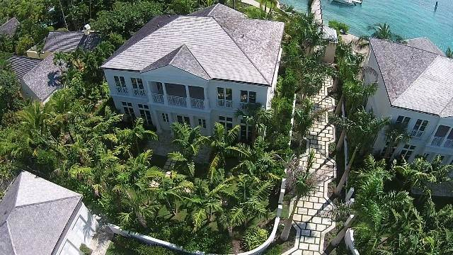 6. Single Family Homes for Rent at Beautiful Beach House Villa set on Colonial Beach, Paradise Island Western End, Paradise Island, Nassau And Paradise Island Bahamas
