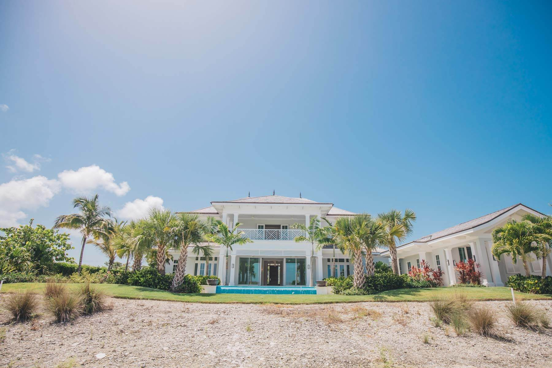 27. Single Family Homes for Sale at Immaculate Albany Golf Course Residence Albany, Nassau And Paradise Island, Bahamas