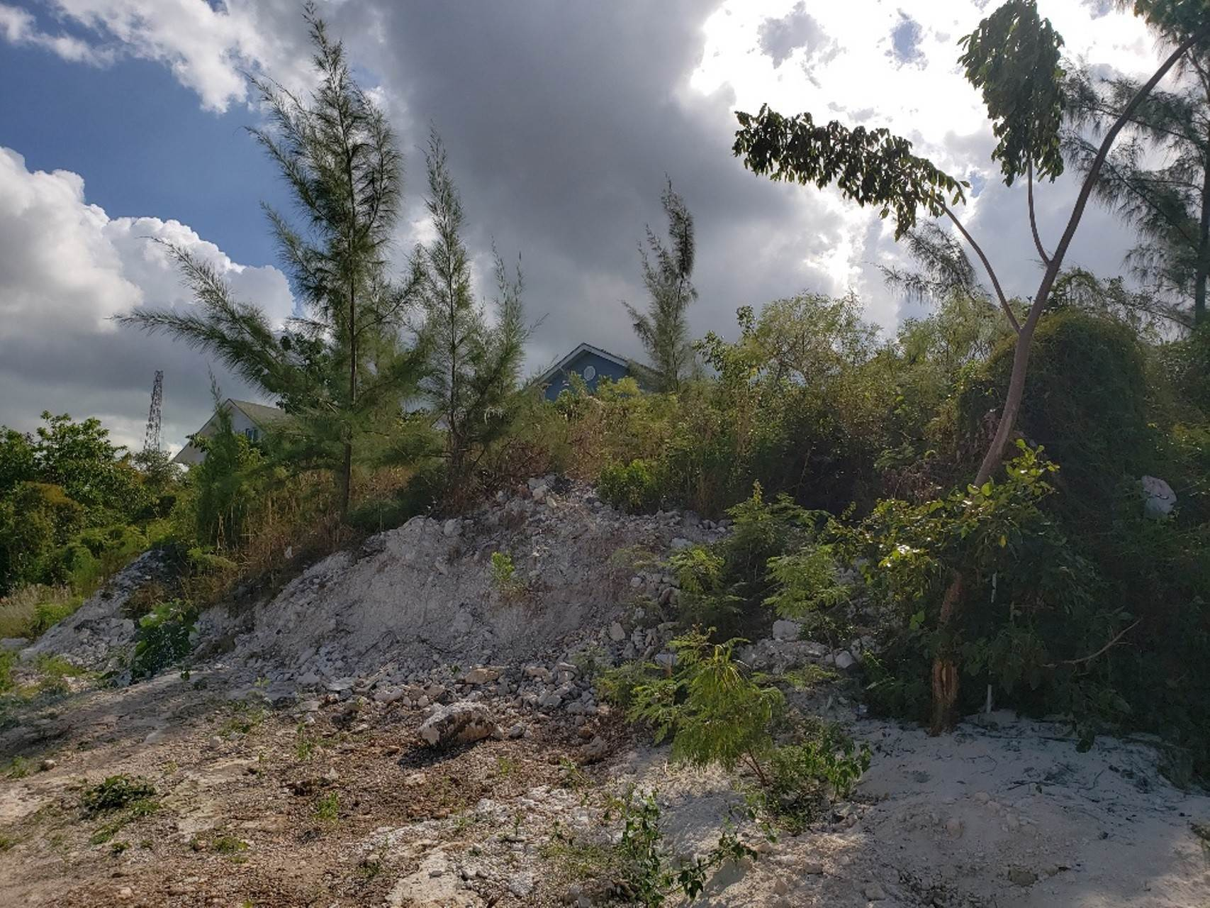2. Land for Sale at Multifamily Hilltop Lot with Panoramic Views #18 Harrold Road Heights - MLS 36629 Harold Road, Nassau And Paradise Island, Bahamas