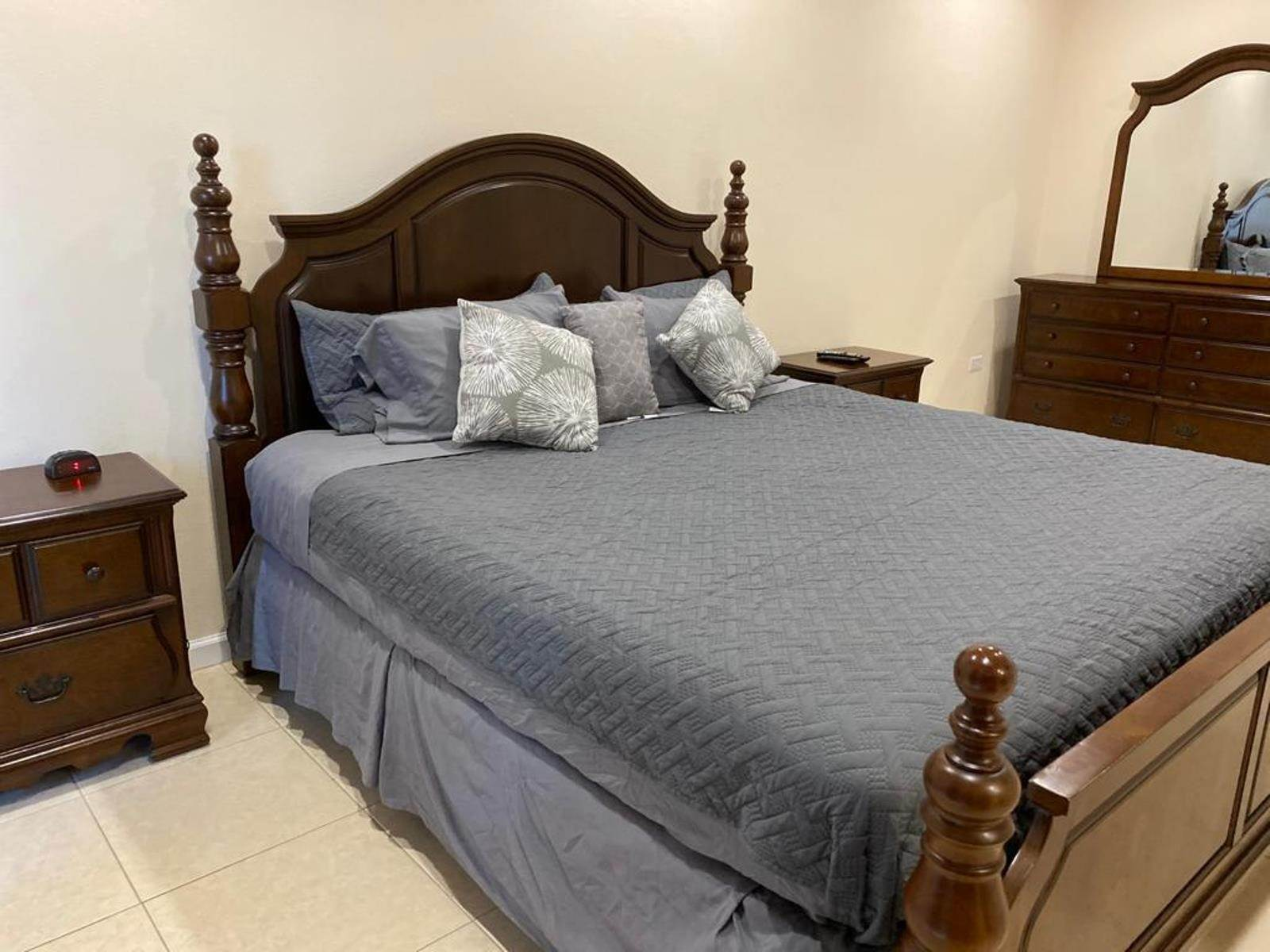 13. Co-op / Condo for Rent at Immaculate Townhouse in the heart of Cable Beach Cable Beach, Nassau And Paradise Island, Bahamas
