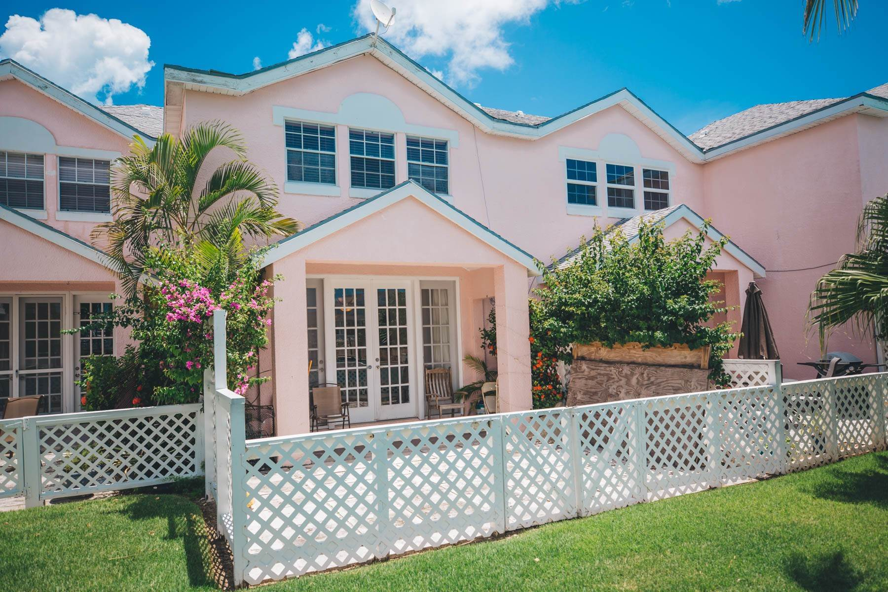 28. Co-op / Condo for Rent at #32 Seapointe, Exclusive Condo in Port New Providence - MLS 42138 St Andrews Beach, Yamacraw, Nassau And Paradise Island Bahamas