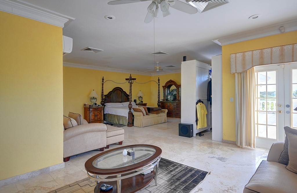 28. Single Family Homes for Sale at The Alexander Estate Eastern Road, Nassau And Paradise Island, Bahamas