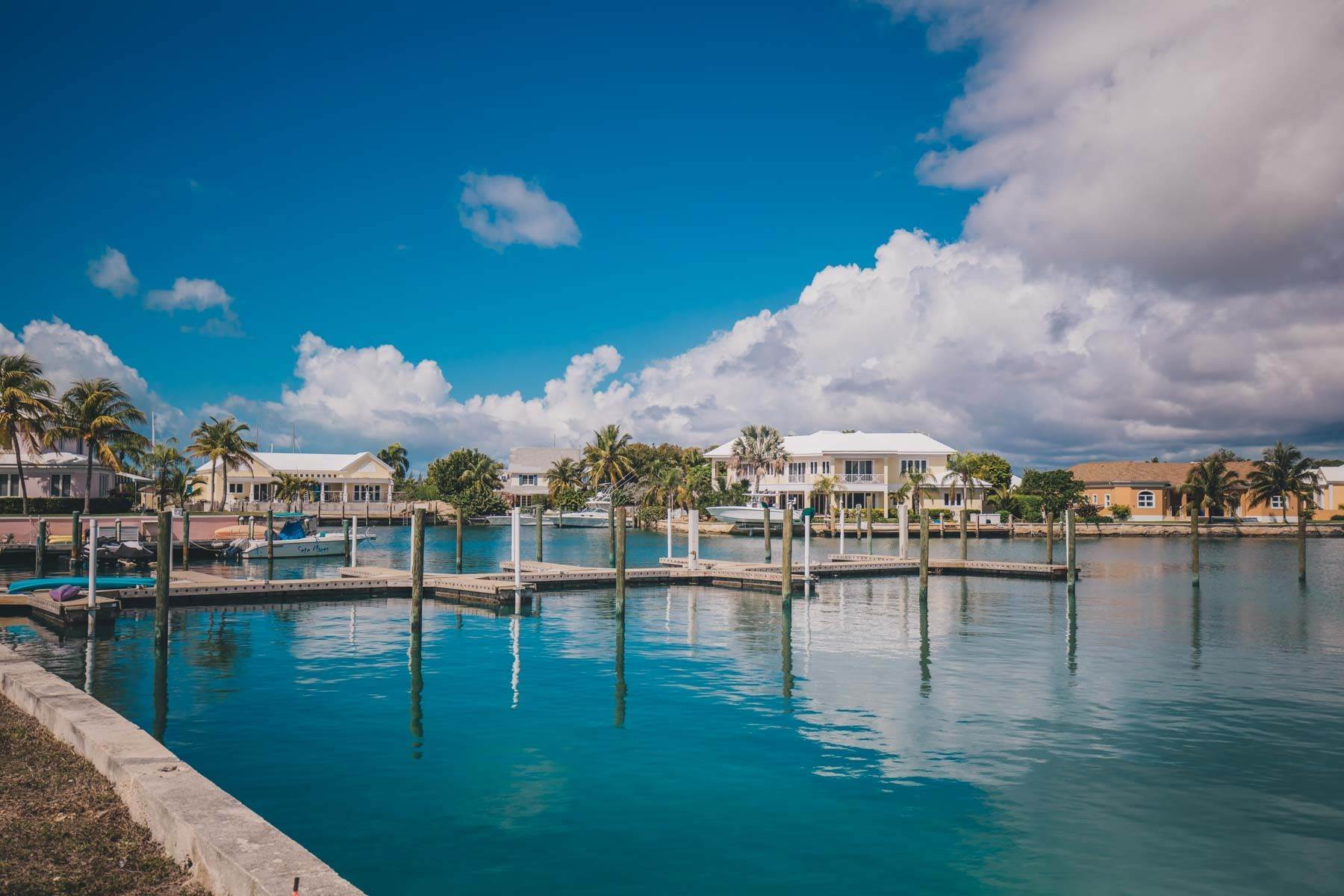 24. Co-op / Condo for Sale at Seapointe Spacious End Unit - Port New Providence St Andrews Beach, Yamacraw, Nassau And Paradise Island Bahamas