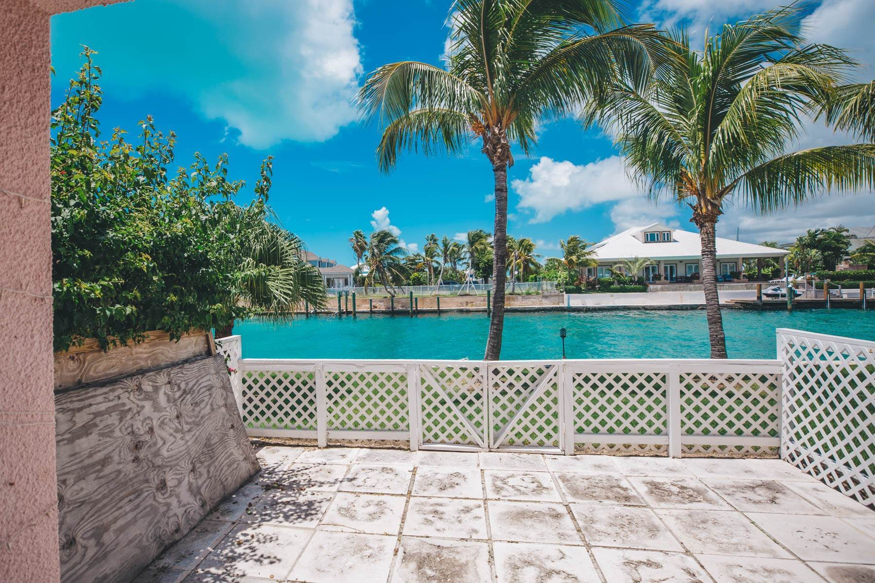 29. Co-op / Condo for Rent at #32 Seapointe, Exclusive Condo in Port New Providence - MLS 42138 St Andrews Beach, Yamacraw, Nassau And Paradise Island Bahamas