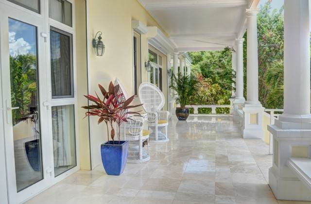30. Single Family Homes for Sale at The Columns Eastern Road Eastern Road, Nassau And Paradise Island, Bahamas
