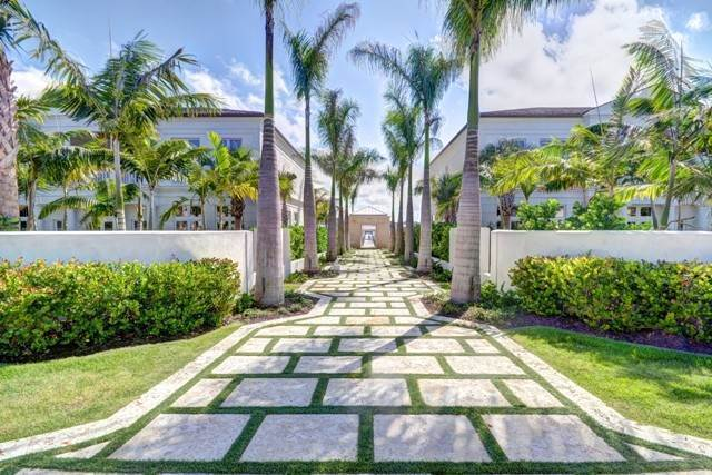 4. Single Family Homes for Rent at Beautiful Beach House Villa set on Colonial Beach, Paradise Island Western End, Paradise Island, Nassau And Paradise Island Bahamas
