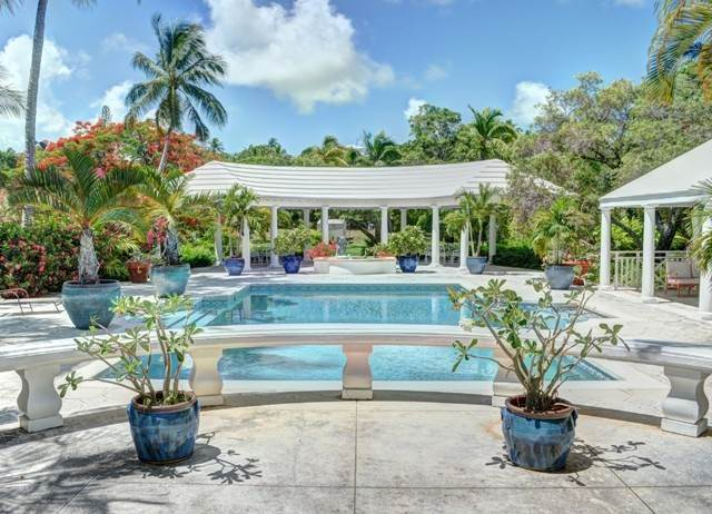 31. Single Family Homes for Sale at The Columns Eastern Road Eastern Road, Nassau And Paradise Island, Bahamas