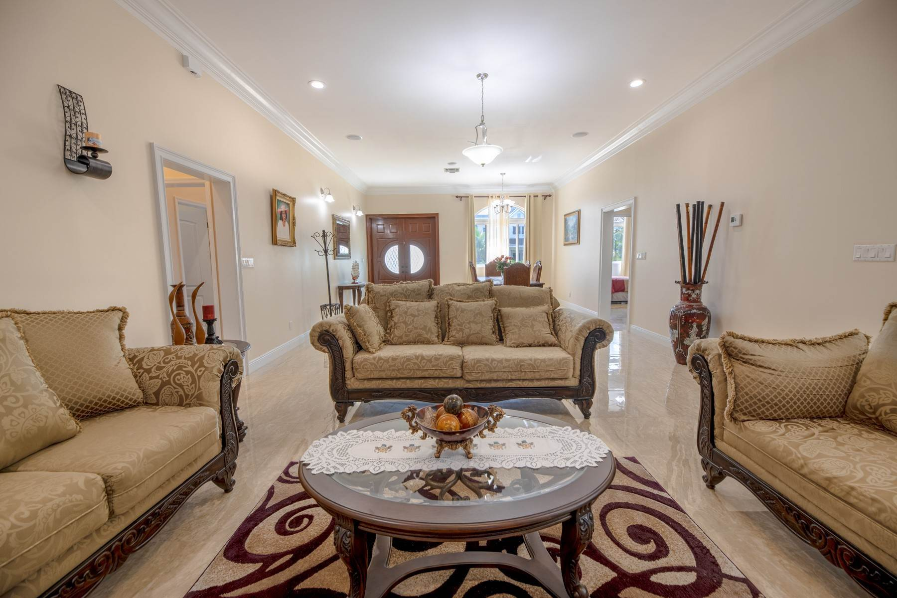 7. Single Family Homes for Sale at Villa Greenway House for Sale - MLS 41427 Charlotteville, Nassau And Paradise Island, Bahamas