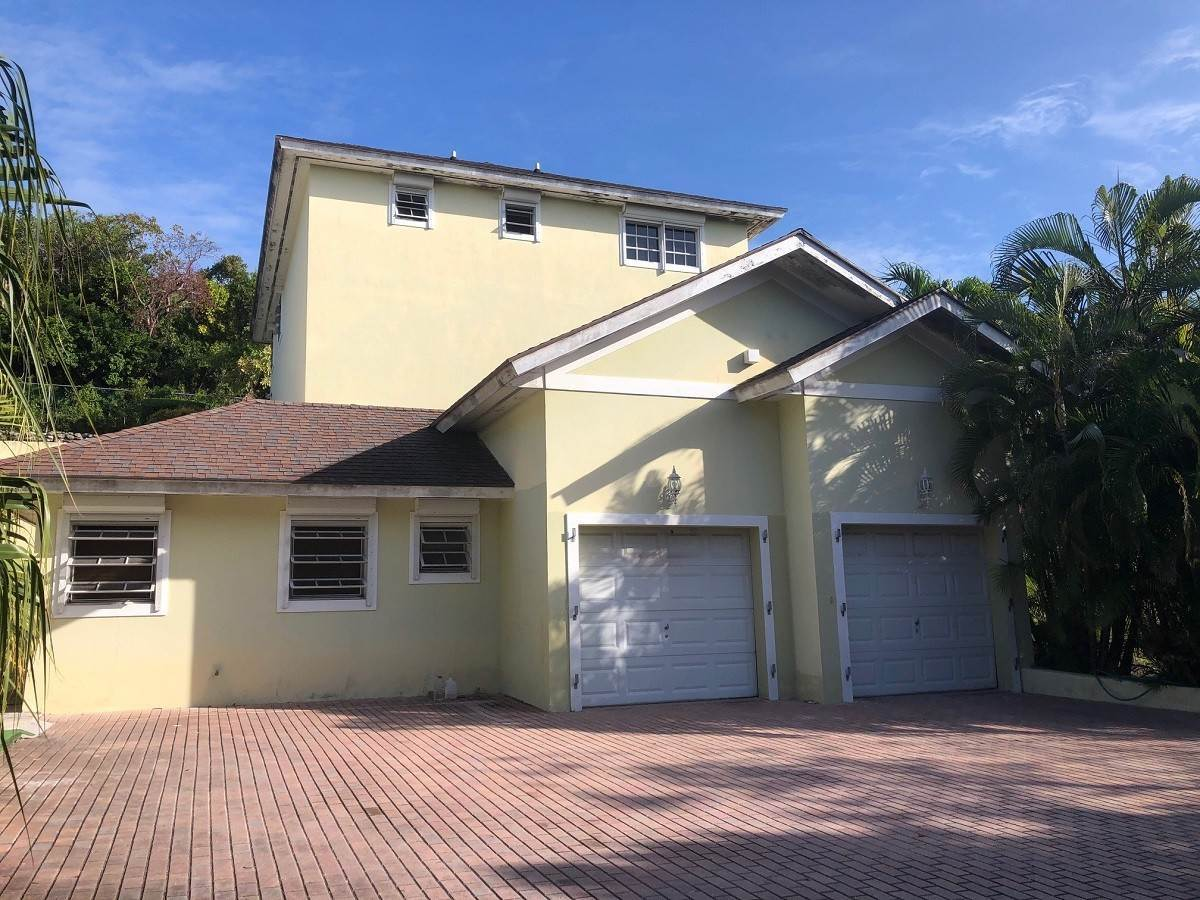 9. Single Family Homes for Sale at Lyford Cay Great Investment Potential - MLS 43600 Lyford Cay, Nassau And Paradise Island, Bahamas