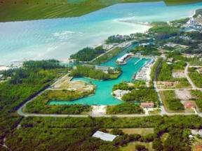 4. Comercial por un Venta en Investment Opportunity Bahama Terrace Yacht And Country Club, Gran Bahama Freeport, Bahamas