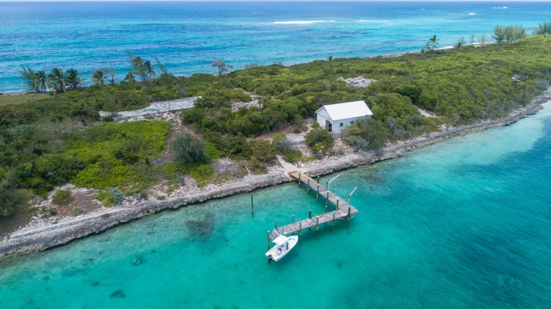 3. Private Islands for Sale at Pierre Island, A Perfect Private Retreat Island Near Harbour Island - MLS 40806 Harbour Island, Eleuthera, Bahamas