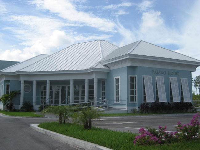 2. Comercial por un Alquiler en Brand New Corporate Office For Rent In Downtown, Freeport Downtown Freeport, Gran Bahama Freeport, Bahamas