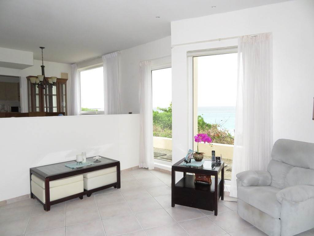 4. Co-op / Condo for Rent at Beachfront Corner unit Townhouse on Paradise Island Paradise Island, Nassau And Paradise Island, Bahamas