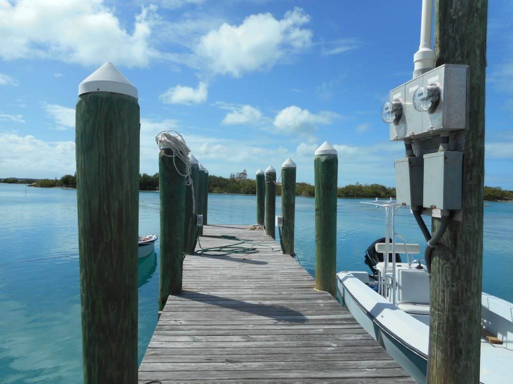 3. Single Family Homes por un Venta en Harbor Front Home With Private Dock Spanish Wells, Eleuthera, Bahamas