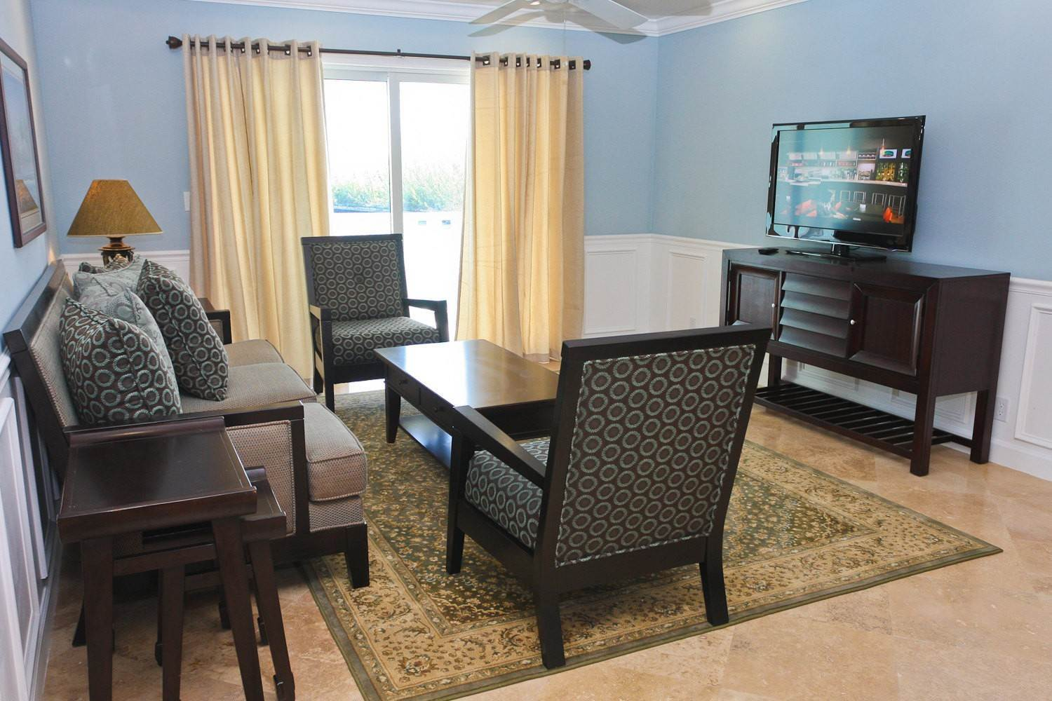 3. Multi Family for Rent at Beautiful 2 Bedroom Apartment Freeport And Grand Bahama, Bahamas