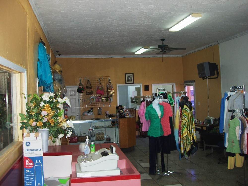 3. Commercial for Rent at Store or Storage Space Rental Nassau And Paradise Island, Bahamas