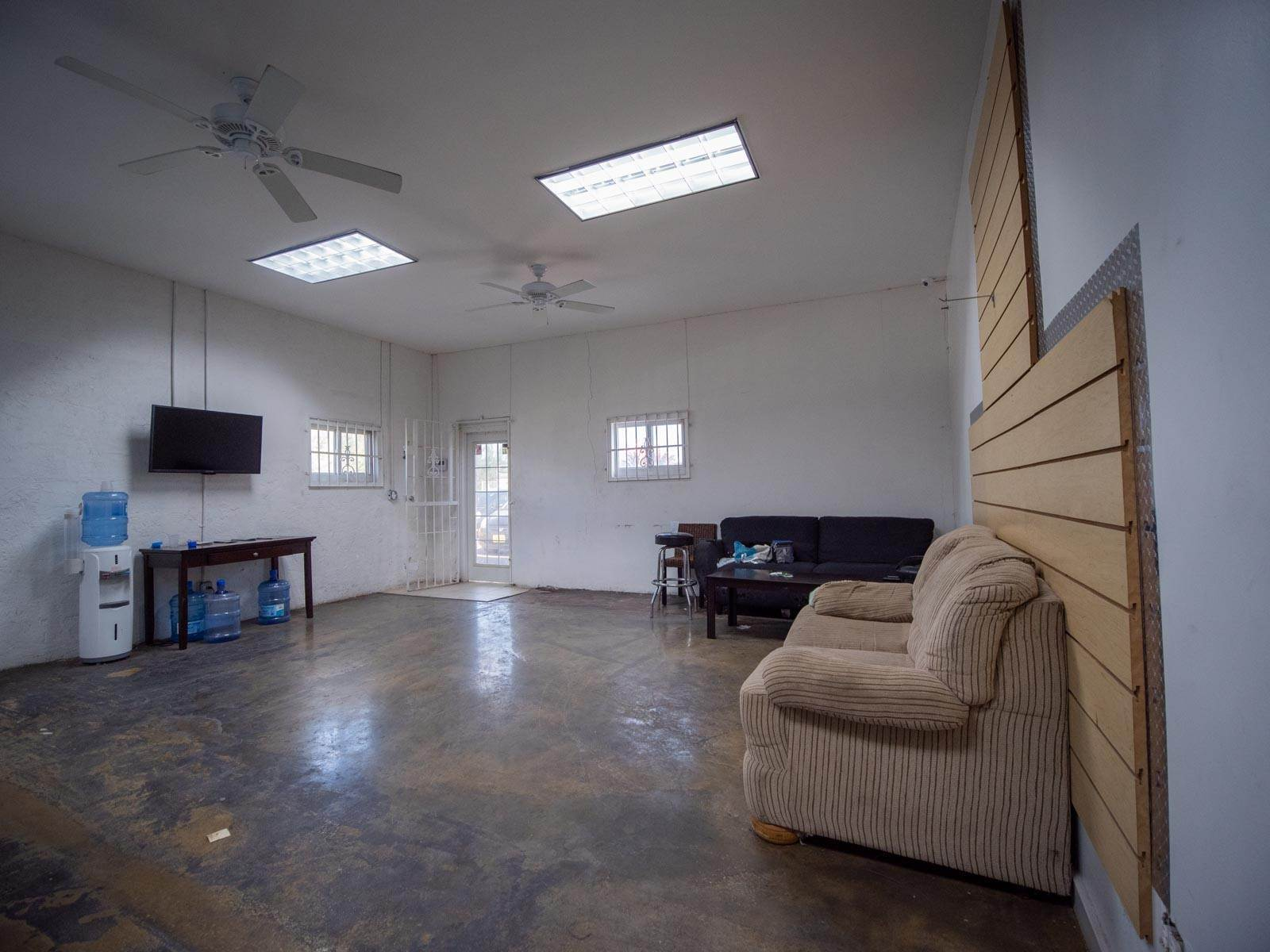 2. Commercial for Rent at Multi-Purpose Facility on Gladstone Road - MLS 37852 Gladstone Road, Nassau And Paradise Island, Bahamas