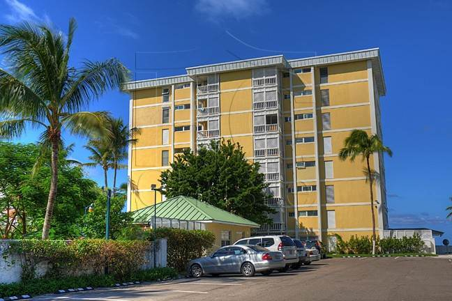 3. Co-op / Condo for Rent at Turnkey Contemporary Ocean View Condo in Conchrest Conchrest, Cable Beach, Nassau And Paradise Island Bahamas